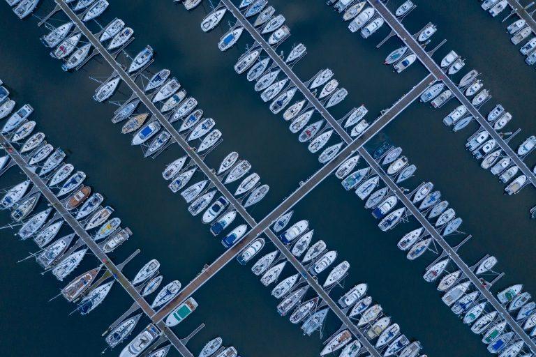 Port de plaisance du Kernevel à Larmor-Plage, vu du ciel.