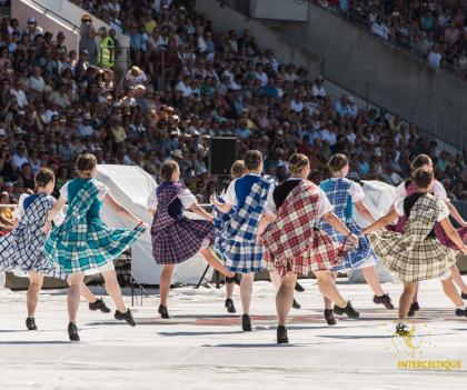 Danses au Stade du Moustoir pendant le Festival Interceltique de Lorient