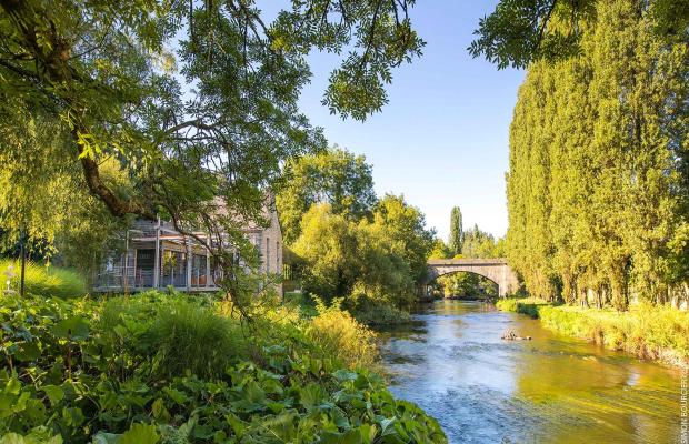 Sur le site du Moulin des Princes à Pont-Scorff, un restaurant accueille dans un cadre bucolique.